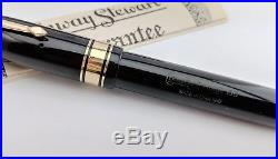 Near Mint Vintage Oversize Conway Stewart 100 Fountain Pen in Box-Large Gold Nib
