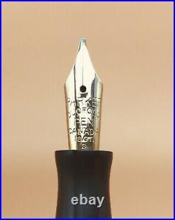 PARKER Fountain Pen 1930 Vintage Duofold Black & Pearl Nib Gold 18K Broad Canada