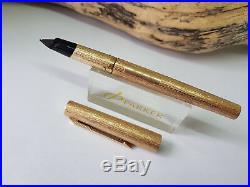 VINTAGE PARKER 105 (Rolled Gold) BARK PATTERN FOUNTAIN PEN