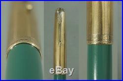 Vintage 1944 NASSAU GREEN Parker 51 Vacumatic Fill Fountain Pen 16K GF Cap