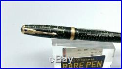 Vintage 1945 PARKER VACUMATIC Fountain pen EMERALD GREEN 14K Fine nib Works