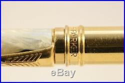 Vintage (1992) Parker Duofold Black & Pearl Ballpoint Pen, GT