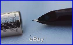 Vintage Mint USA PARKER 51 CUSTOM Fountain Pen -Rarer Box