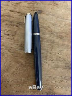 Vintage PARKER 51 Aerometric Fountain Pen Navy Blue Jewel w Sterling Silver Cap