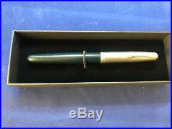 Vintage PARKER 51 VACUMATIC FOUNTAIN PEN BLACK W BLUE DIAMOND & GOLD CLIP