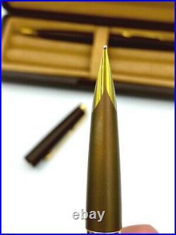 Vintage PARKER Falcon Flightier Matt Brown, gold trim Fountain pen set 1980
