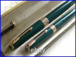 Vintage Parker 17 Green Super Duofold Pen / Pencil / Box 60's England Excellent