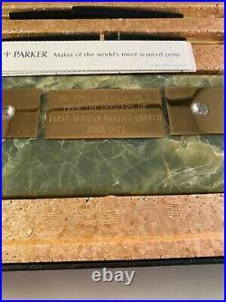 Vintage Parker 45 Green Onyx Executive Desk set with 2 Parker Fountain Pens