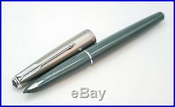 Vintage Parker 61 Grey Fountain Pen 14k Gold Oblique Medium (OM) Nib