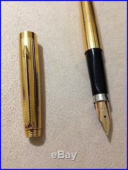 Vintage Parker 75 14k G. F Insignia Cisele 14k Fine Fountain Pen-usa-superb