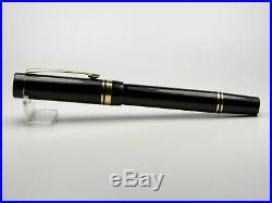 Vintage Parker Duofold Fountain Pen-Jet Black-18K Nib-Box & Papers-UK 1990s