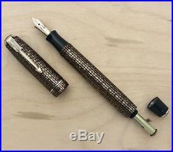 Vintage Parker Vacumatic Golden Web Fountain Pen Restored Excellent 14k Nib